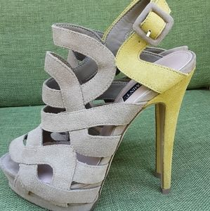 Shoemint Stella Taupe Cage Suede Sandal
